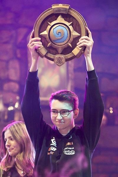 DrHippi победил в номинации «Прорыв года» по версии GosuGamers [HearthStone]