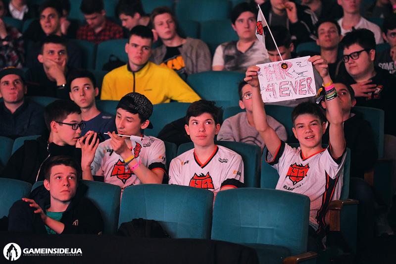 HellRaisers и Na`Vi прошли в полуфинал третьего сезона SLTV i-League. Обзор пятого игрового дня